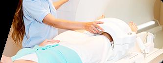 事前のMRI検査でひざの状態を詳しくチェック